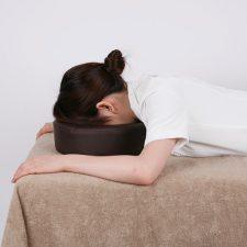 エステのC型顔枕